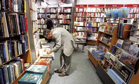 Receitas caem mais do que o número de livros vendidos