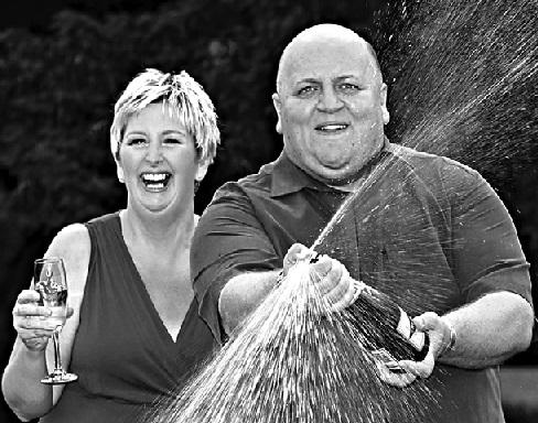 Adrian e Gillian lideram lista de euro milionários