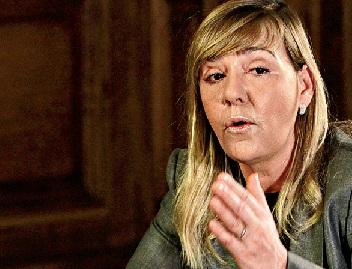 Paula Teixeira da Cruz, ministra da Justiça, aprovou a lei