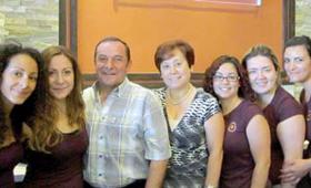David e Ivone Macedo com as filhas Aimee e Daisy Macedo, e de Cindy Furtado, Daniela Barbosa e Raquel Pimenta