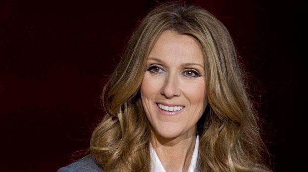 Celine Dion responde a perguntas durante uma conferência de imprensa. (Arquivo: AP / Julie Jacobson)