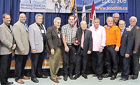 Membros dos diversos sindicatos durante a entrega dos Steward/Foreman Awards. (Direitos Reservados)
