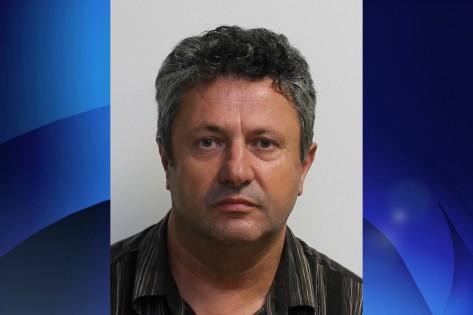 Ioan Pop, de 54 anos, é acusado de agressão sexual. Toronto Police.