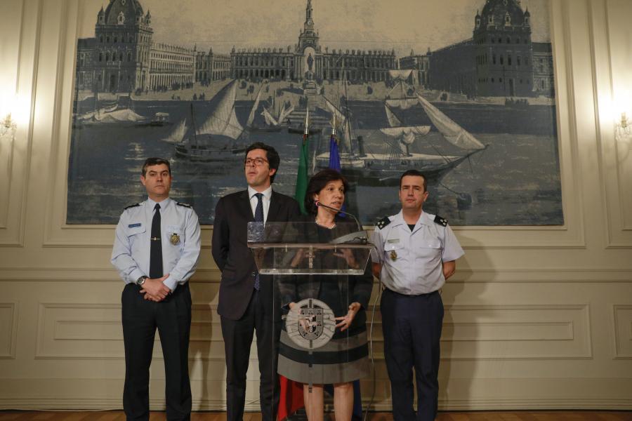 Resultado de imagem para Governo repudia incidentes e garante segurança adequada na final da Taça